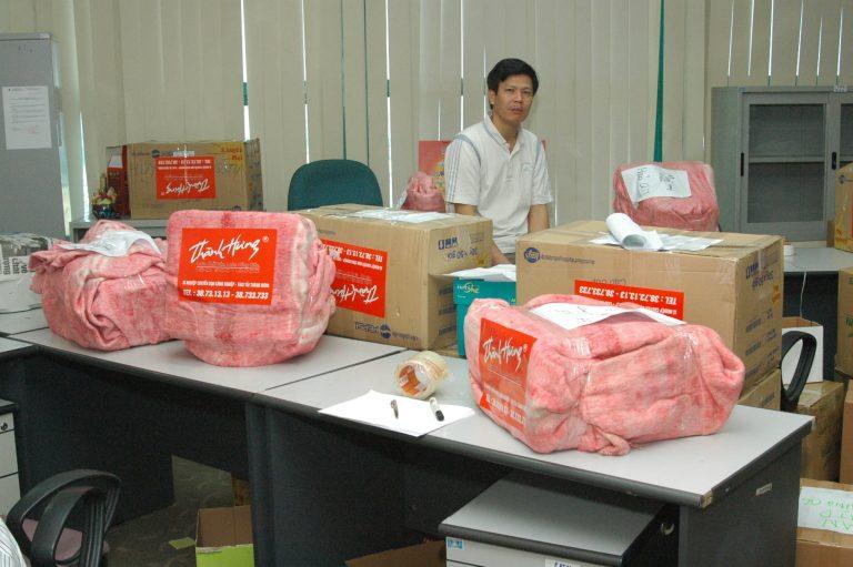 Taxi tải Thành Hưng - chuyển văn phòng trọn gói