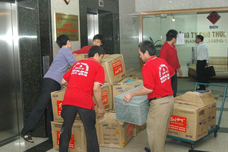 Dịch vụ chuyển nhà trọn gói Taxi tải Thành Hưng