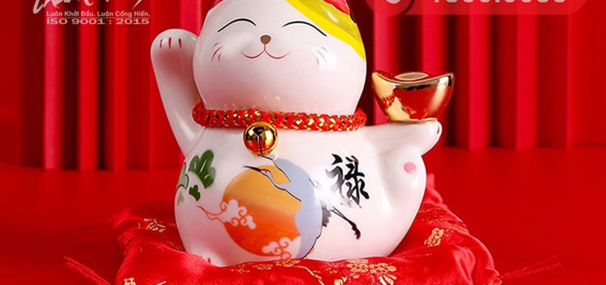 Mèo thần tài là một trong những món quà tân gia ý nghĩa